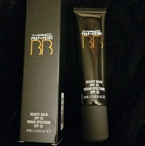MAC Beauty Balm SPF 35 Refined Golden & Amber
